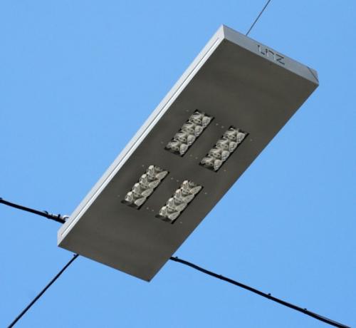 Große Seilleuchten mit LED-Modulen