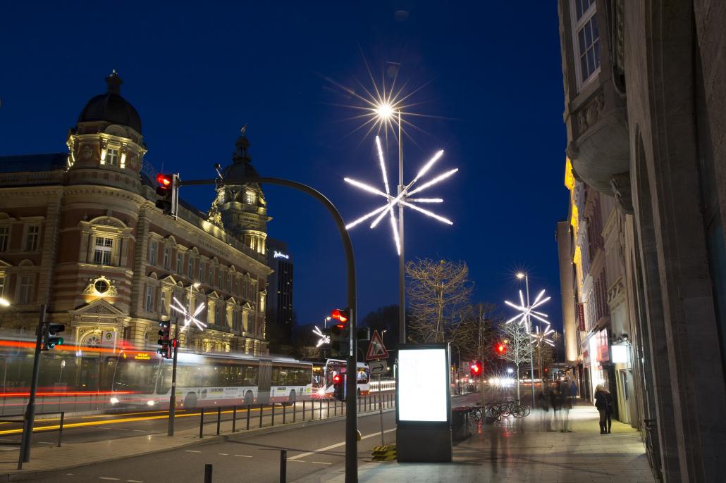 Weihnachtsbeleuchtung Opernboulevard Hamburg