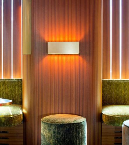 Lichtobjekte Theresa Bar