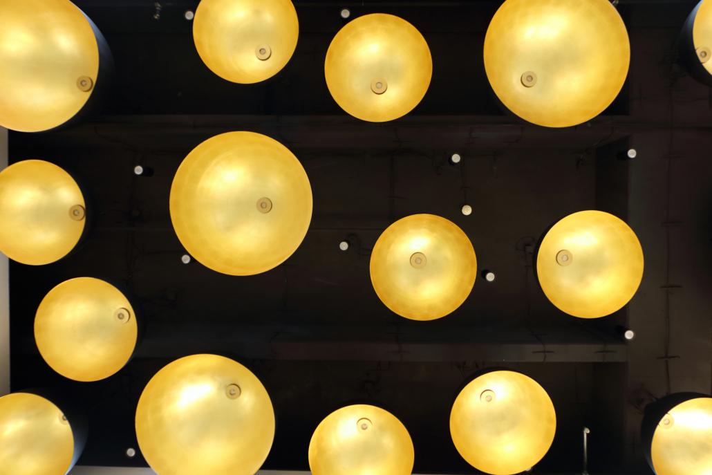 Innenleuchten Einkaufszentrum PEP Lichthalbkugeln