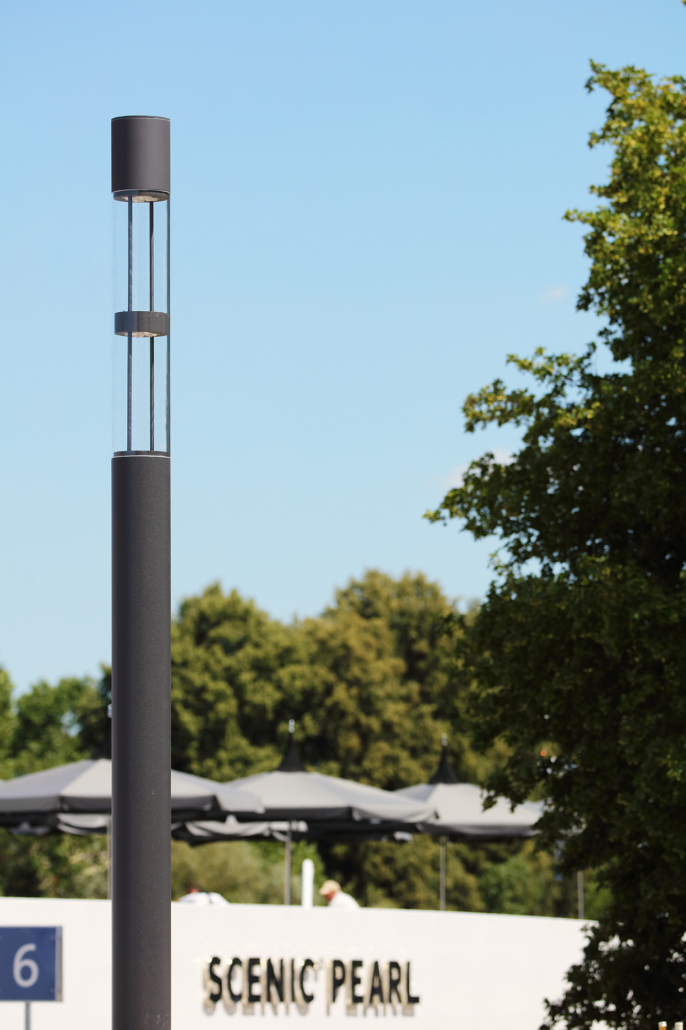 Canna System - Stele mit drehbaren LED-Modulen